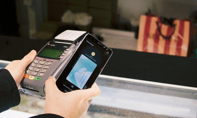 Với Galaxy A8, tôi có thể đi chơi cả ngày mà không cần mang theo tiền mặt hay thẻ - Ảnh 3.