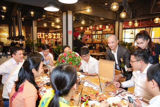 Khai trương nhà hàng Hi-Steak, mang steak chinh phục khẩu vị dân văn phòng - Ảnh 6.