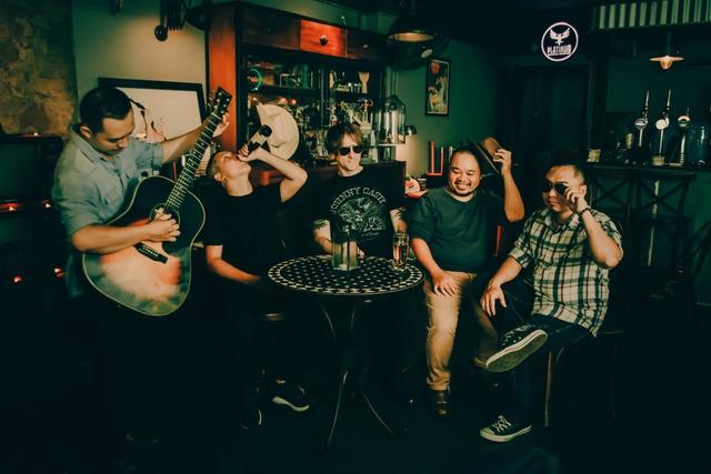 Võ Trọng Phúc thực hiện mini liveshow đầu tiên trong năm 2018 kết hợp ra mắt ban nhạc country với tên SOUTHLAND - Ảnh 3.