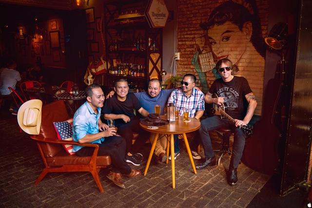 Võ Trọng Phúc thực hiện mini liveshow đầu tiên trong năm 2018 kết hợp ra mắt ban nhạc country với tên SOUTHLAND - Ảnh 4.