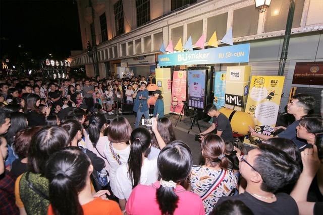 Lộn Xộn Band ra mắt bài hát mới, cùng dàn hot teen náo loạn tại sự kiện thực tế ảo trên phố đi bộ - Ảnh 4.