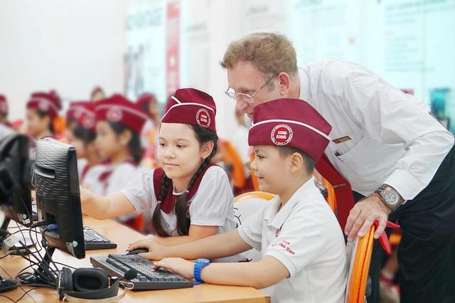 Môi trường học tập theo tiêu chuẩn Hoa Kỳ tại trường Quốc tế Á Châu - Ảnh 2.