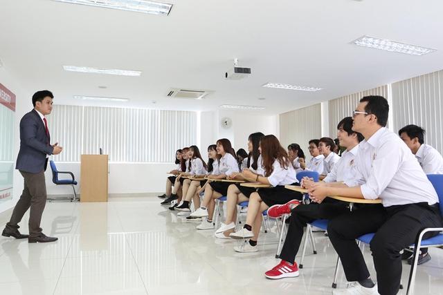 Học tiếng Anh miễn phí với phương pháp truyền cảm hứng tại SIU - Ảnh 1.