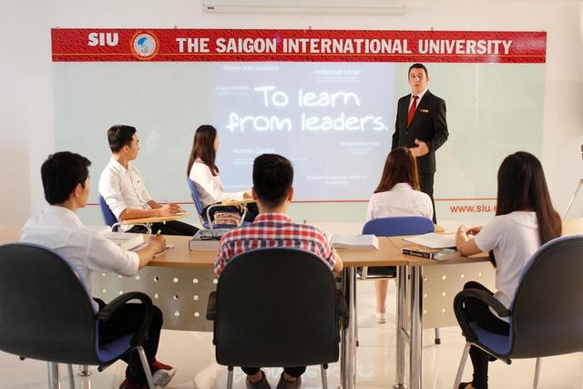 Học tiếng Anh miễn phí với phương pháp truyền cảm hứng tại SIU - Ảnh 2.