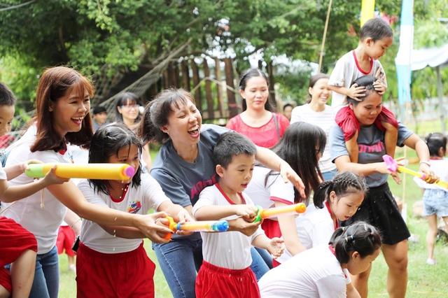 """Khởi động chiến dịch """"OMO - Mang mùa hè thật trở lại"""" cho trẻ em Việt Nam - Ảnh 6."""