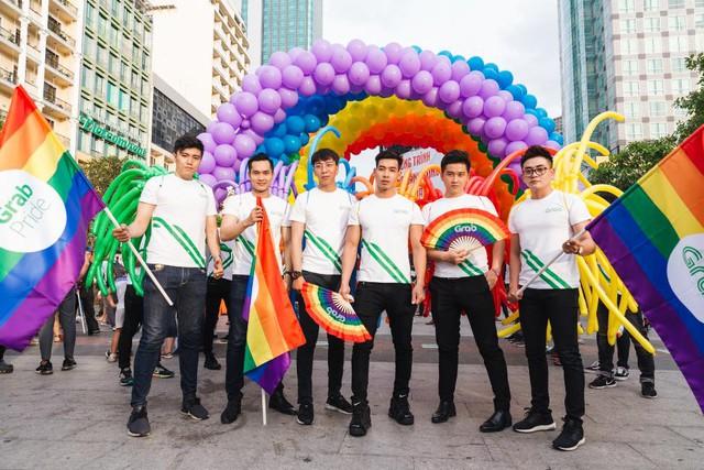 VietPride Sài Gòn 2018: Ngày rực rỡ và tự hào của cộng đồng LGBTI+